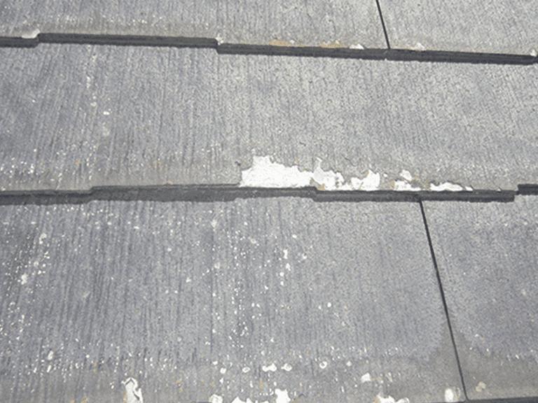 塗装してはいけない屋根の例