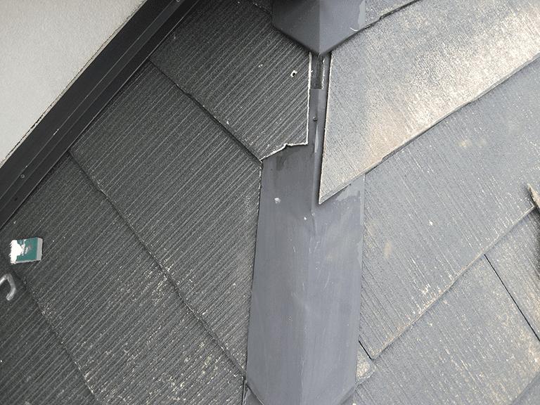 劣化が進んだ屋根