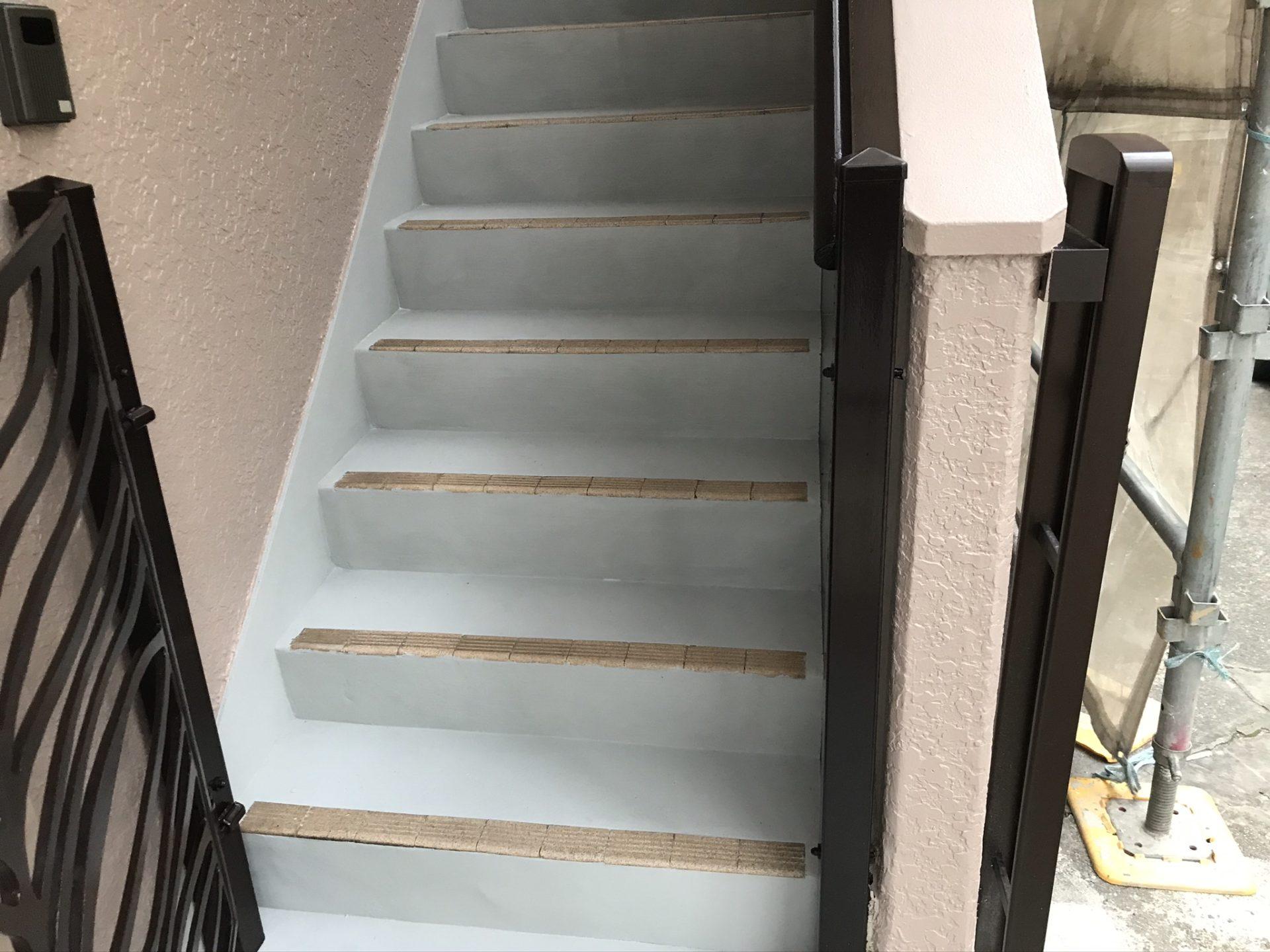 階段床塗装